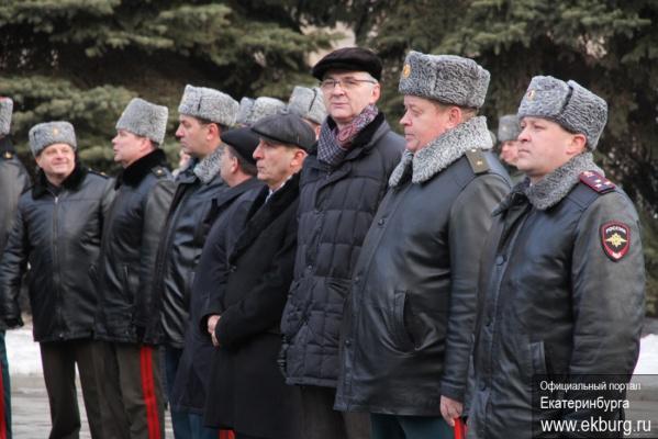 В год юбилея Великой Победы Куйвашев не стал возлагать цветы к памятнику маршала Жукова