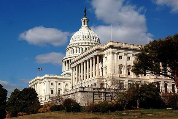 В Конгресс США внесен законопроект об оказании Украине военной помощи на 1 млрд долларов