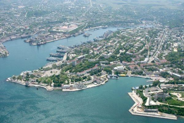 Власти Севастополя национализировали 13 промышленных предприятий города