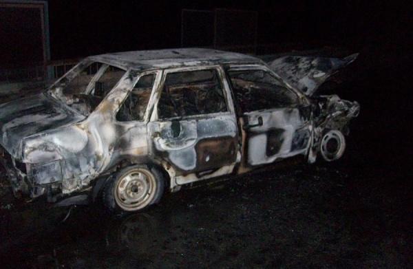 В Асбесте задержан водитель ВАЗа, скрывшийся с места ДТП, в результате которого сгорела легковушка
