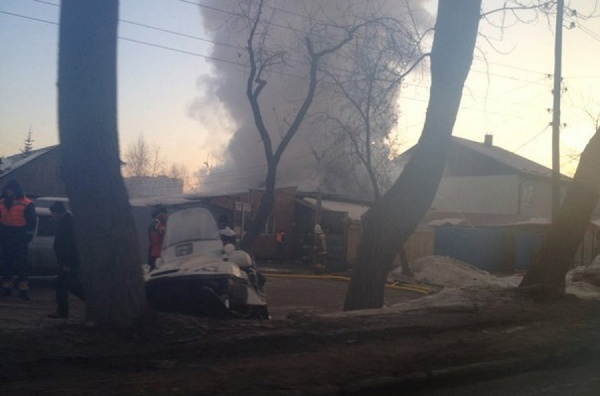 Утром в Екатеринбурге сгорел частный дом