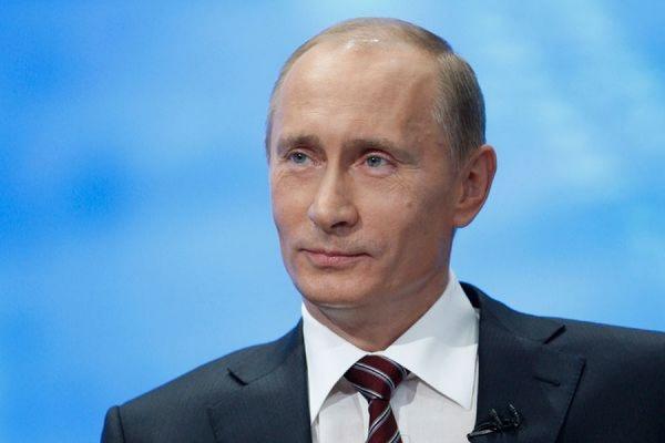 Путин потребовал от МВД избавить Россию от позорных политических убийств
