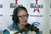 Новости из мира звезд и домашняя выпечка. В эфир екатеринбургского молодежного радио выходит 74-летний диджей