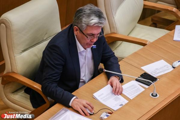 Второй сын депутата Нафика Фамиева получил повестку в ГИБДД: на его машине мог передвигаться дезертир