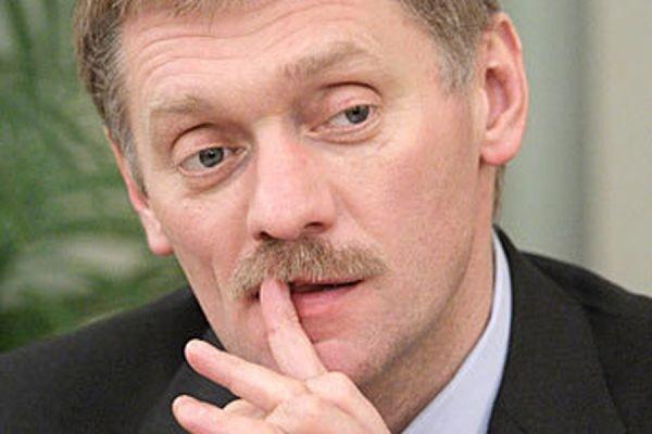 Песков заявил, что присвоение награды Кадырову и аресты по делу Немцова не связаны