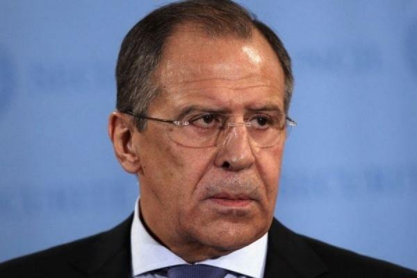 Глава МИД РФ предложил Западу рассмотреть санкции против Киева