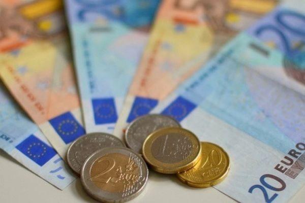 Специалисты Deutsche Bank уверены, что к 2017 году евро будет стоить $0,85