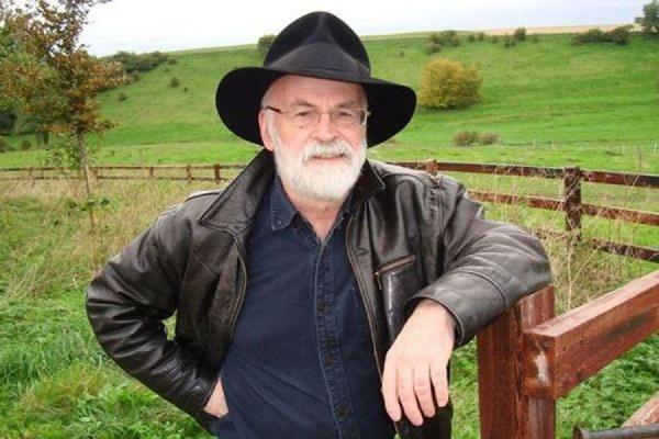 В возрасте 66 лет умер знаменитый английский писатель-фантаст Терри Пратчетт