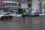 В центре Екатеринбурга пробки из-за неработающего светофора