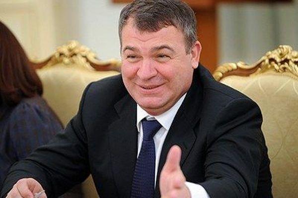 В СК РФ не исключают, что Сердюков может стать фигурантом уголовного дела