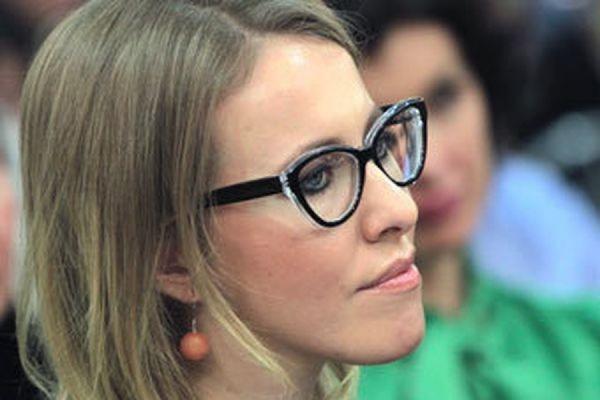 Ксения Собчак уехала из РФ по рекомендации спецслужб