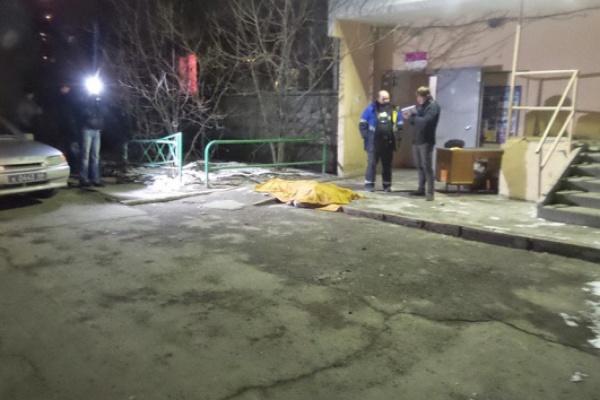 На Большакова женщина выпала с восьмого этажа