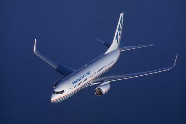 Самолет на Бангкок вернулся в Красноярск