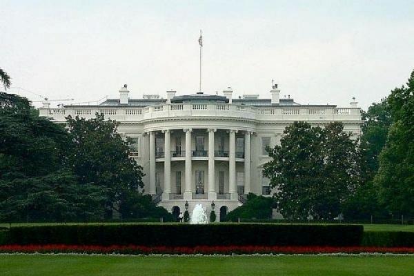 Неизвестный прислал в Белый дом конверт с цианидом