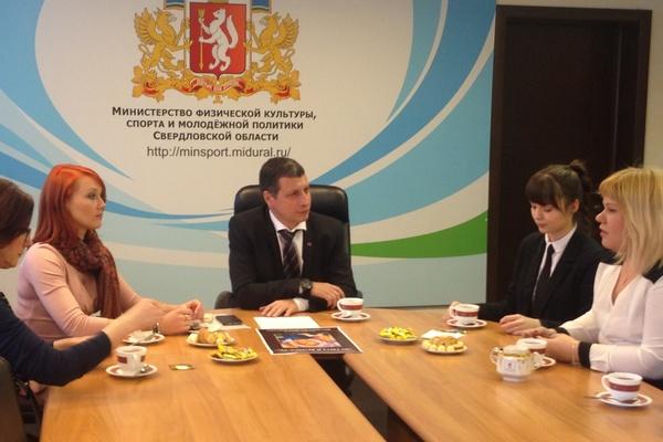 Леонид Рапопорт лично встретил свердловских победителей ХII Всероссийской студенческой олимпиады