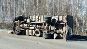 На Тюменском тракте в массовом ДТП с участием трех легковушек и грузовика пострадали два человека