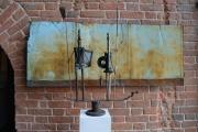Немецкий художник создал скульптуры из инструментов уральского мастера