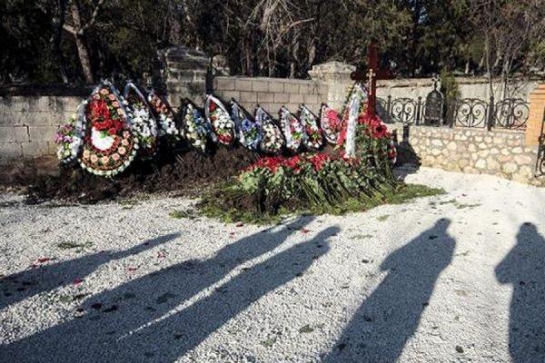 Сына бывшего президента Украины Януковича похоронили на воинском кладбище в Севастополе