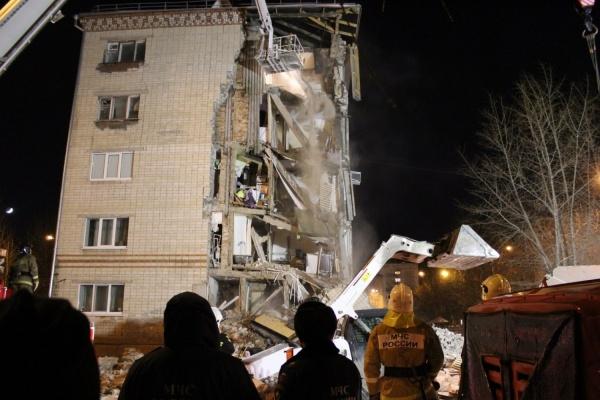 В Тюмени рухнул жилой пятиэтажный дом ФОТО