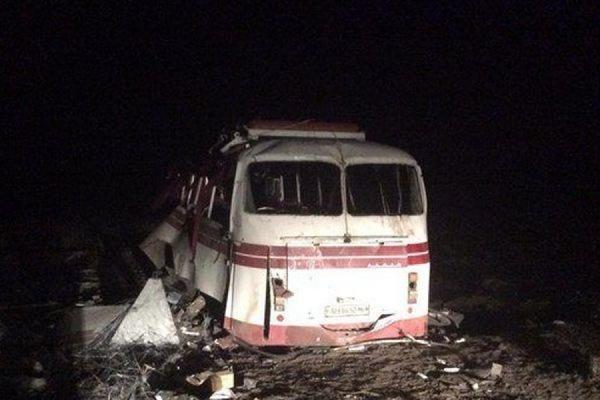 В Донецкой области под Артемовском на мине подорвался пассажирский автобус