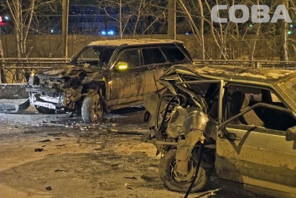 В ДТП на Блюхера погибла 23-летняя екатеринбурженка
