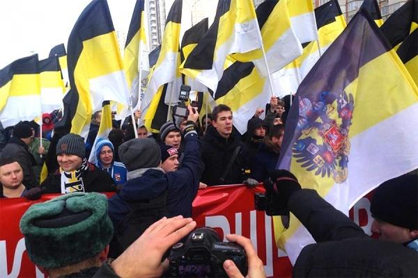 У лидеров националистов в Москве проходят обыски