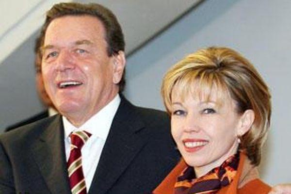 Бывший немецкий канцлер Герхард Шрёдер разводится с четвёртой женой после 18 лет брака