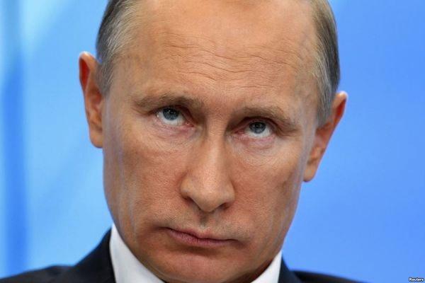 По данным ФОМ, проголосовать за Путина на выборах президента готовы 75% россиян