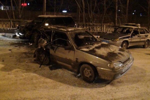Следователи просят водителя, скрывшегося с места ДТП на улице Блюхера, прийти в полицию