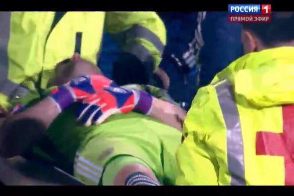 ЧП произошло в самом начале матча между сборными России и Черногории