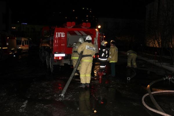 Пожар в ИК-2 в центре Екатеринбурга тушил городской гарнизон пожарной охраны в полном составе. ФОТО