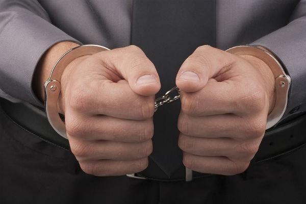 Бывшего замдиректора ФСИН суд отправил под домашний арест