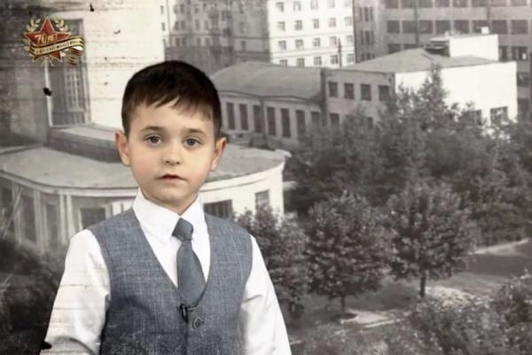 Екатеринбургские школьники и суворовцы снялись в видеороликах, посвященных юбилею Победы