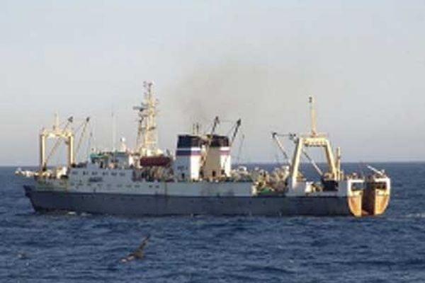 Моряки с затонувшего траулера «Дальний Восток» доставлены в больницу Южно-Сахалинска