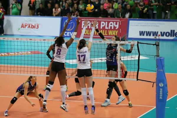«Уралочка-НТМК» расправилась с турецкой «Бурсой» в финале Кубка вызова CEV