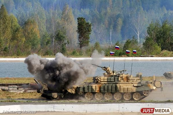 УВЗ опроверг заявления СМИ о том, что танк «Армата» сломался во время репетиции Парада Победы в Москве