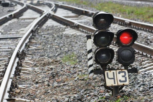 Пассажирский поезд столкнулся с локомотивом в Липецкой области из-за неисправных тормозов