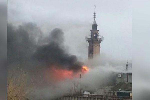 В дагестанском Кизляре произошел пожар в центральной мечети