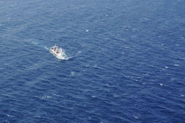 Поиски пропавших в Охотском море моряков с траулера «Дальний Восток» прекращены