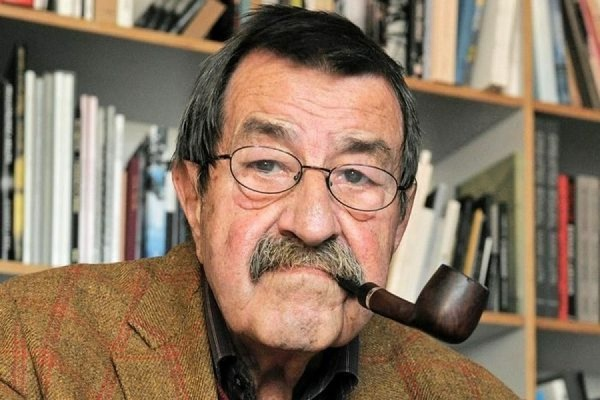 В возрасте 87 лет скончался известный немецкий писатель Гюнтер Грасс
