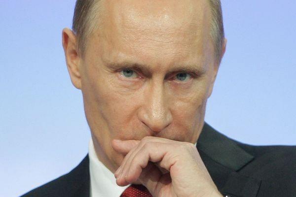 Российским губернаторам запретили использовать образ Путина в предвыборных кампаниях