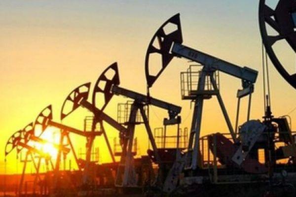 Цены на нефть растут в ожидании снижения добычи в США