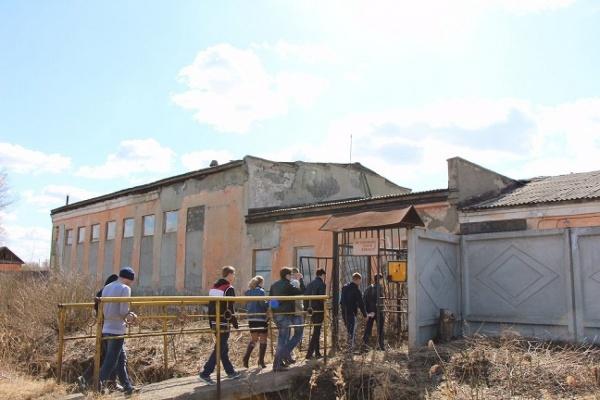 Мишарин пожаловался Коробейникову на тюменских бизнесменов, которые травят жителей поселка Буланаш парами свинца. ФОТО, ДОКУМЕНТЫ