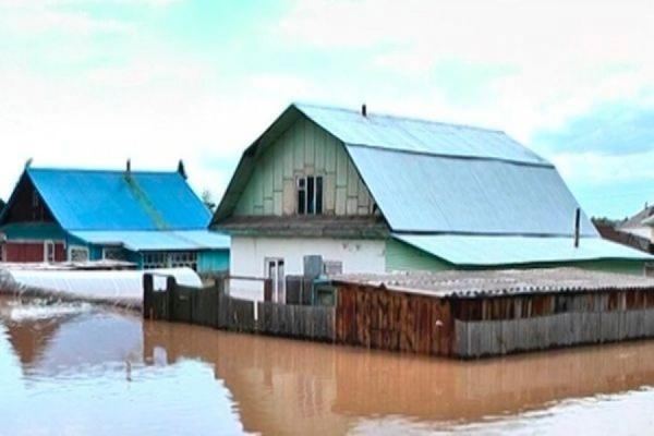 Паводок на Алтае подтопил почти 200 жилых домов