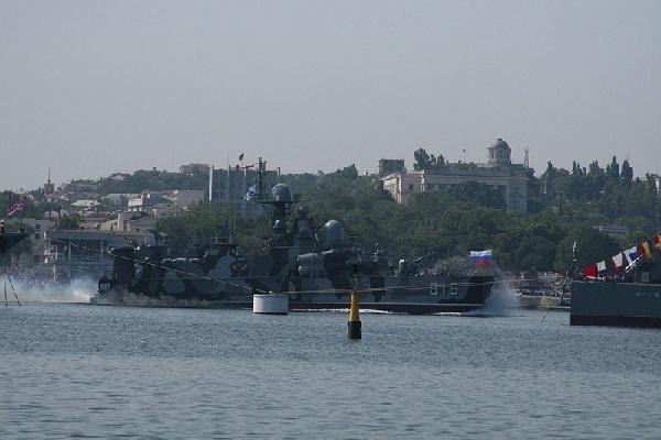 Корабли Черноморского флота России провели тренировку