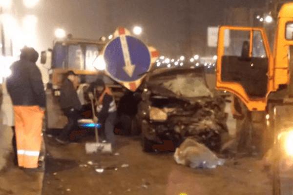 На МКАДе столкнулись 20 автомобилей, два человека погибли