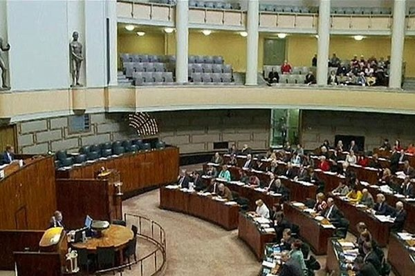Оппозиционная партия «Центр» победила на парламентских выборах в Финляндии