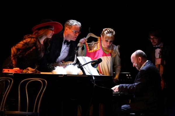 Театр музыкальной комедии окунул зрителей во времена приготовления вишневого варенья