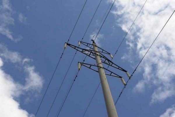 Из-за масштабной аварии без электричества остались 15 тысяч человек