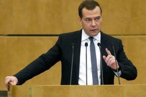 Медведев заявил, что россиянам следует готовиться к новой экономической реальности